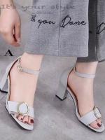 รองเท้าส้นตันรัดส้นสีเทา หน้าแต่งสายเข็มขัด (สีเทา )