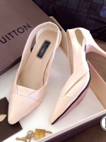รองเท้าคัทชู ส้นสูง หัวแหลม ดีไซน์เก๋ (สีครีม )
