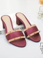 รองเท้าส้นตันเปิดส้นสีแดง style แบรนด์ valentino (สีแดง )