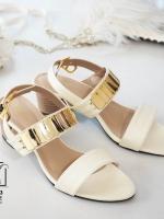 รองเท้าส้นตันรัดส้นสีขาว สายคาดสองระดับ แต่งอะไหล่สีทอง (สีขาว )