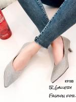 รองเท้าคัทชูหัวแหลมสีเทา หนังกลิตเตอร์ (สีเทา )