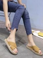 รองเท้าแตะแฟชั่นสีน้ำตาล พื้นเชือกป่าน สายคาดไขว้ (สีน้ำตาล )