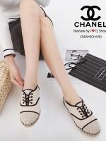 รองเท้าผ้าใบผู้หญิง ผ้าแคนวาส เพิ่มความเก๋ด้วยเชือกปอถัก STYLE CHANEL (สีครีม )