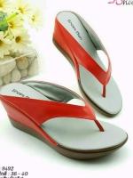รองเท้าแตะแฟชั่นสีแดง แบบคีบ ายคาดหนุนฟองน้ำนิ่ม (สีแดง )