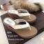 รองเท้าแตะส้นเตารีดสีขาว แบบคีบ ดีเทลขอบหยัก (สีขาว ) thumbnail 3