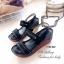 รองเท้าส้นเตารีด รัดส้น สายคาดสองตอน พื้นสุขภาพ (สีดำ ) thumbnail 4
