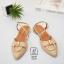 รองเท้าส้นเตี้ยหัวแหลมสีครีม รัดส้น ดีเทลอะไหล่ห่วงทองด้านหน้า (สีครีม ) thumbnail 4