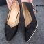 รองเท้าคัทชู หัวแหลม หนังนิ่ม แต่งกากเพชร (สีดำ ) thumbnail 5