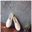 รองเท้าผ้าใบแฟชั่นสีขาว หนังพียูเจาะลายฉลุ ไม่มีเชือก (สีขาว ) thumbnail 5