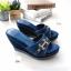 รองเท้าแตะส้นเตารีด ทรงสวม เปิดส้น (สีน้ำเงิน ) thumbnail 2