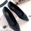 รองเท้าคัทชู ส้นแบน หัวแหลม สไตล์Issey Miyake (สีดำ )