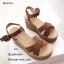 รองเท้าส้นเตารีดรัดส้นสีน้ำตาล หน้าไขว้หนังกลับ ปั๊มลายเชือก (สีน้ำตาล ) thumbnail 3