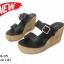 รองเท้าส้นเตารีดเปิดส้นสีดำ สายคาดเข็มขัด ส้นพียู ลายไม้ (สีดำ ) thumbnail 3