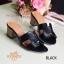 รองเท้าส้นสูง ทรงสวม ส้นปั้มลายไม้ หนังนิ่ม (สีดำ ) thumbnail 4
