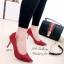 รองเท้าคัทชู ส้นสูง หัวแหลมแต่สีทอง ผ้าซาติน (สีแดง ) thumbnail 2