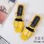รองเท้าส้นเตี้ยรัดส้นสีเหลือง วัสดุพียู ส้นไม้ (สีเหลือง ) thumbnail 3