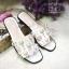 รองเท้าแตะแบบสวมสีขาว แต่งมุกเม็ดใหญ่ สไตล์Hermes (สีขาว ) thumbnail 3