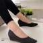 รองเท้าคัทชูส้นเตารีด หัวแหลม หนังกริสเตอร์ แมชได้ทุกชุด (สีดำ )