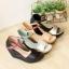 รองเท้าส้นเตารีดแบบรัดข้อ ทรงเก็บหน้าเท้า แต่งทูโทน (สีน้ำตาล ) thumbnail 6