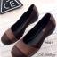 รองเท้าคัทชู ส้นขนมปัง หัวกลม แต่งสายคาดหนัง (สีน้ำตาล )