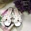 รองเท้าแตะแบบสวมสีขาว แต่งมุกเม็ดใหญ่ สไตล์Hermes (สีขาว ) thumbnail 5