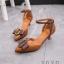 รองเท้าส้นเตี้ยรัดข้อสีน้ำตาล หัวแหลม แต่งอะไหล่ gucci (สีน้ำตาล ) thumbnail 2