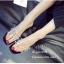 รองเท้าส้นตันสีดำ พียูใสไม่บาดเท้า แต่งเพชร (สีดำ ) thumbnail 4