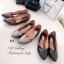 รองเท้าคัทชูหัวแหลม ส้นเตี้ย ขอบหยัก หน้าV (สีน้ำตาล ) thumbnail 4