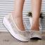 รองเท้าผ้าใบเสริมส้นสีครีม ผ้าลูกไม้ พื้นสุขภาพ (สีครีม ) thumbnail 4