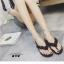 รองเท้าแตะแฟชั่นสีดำ แบบคีบ หนังแก้ว (สีดำ )