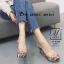 รองเท้าส้นเตารีดลายดอกไม้สีเทา สไตล์วินเทจ สายคาดพลาสติกใส (สีเทา ) thumbnail 3