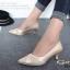 รองเท้าคัทชู หัวแหลม หนังนิ่ม แต่งกากเพชร (สีทอง ) thumbnail 2