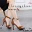 รองเท้าส้นสูงรัดข้อสีน้ำตาล ผ้าสักหราด แต่งซิปหลัง (สีน้ำตาล ) thumbnail 3