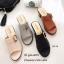 รองเท้าส้นตันเปิดส้นสีครีม แต่งอะไหล่โลหะเหลี่ยมสีทอง (สีครีม ) thumbnail 4