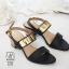 รองเท้าส้นตันรัดส้นสีดำ สายคาดสองระดับ แต่งอะไหล่สีทอง (สีดำ )