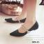 รองเท้าคัทชู ส้นเตี้ย หัวแหลม สายคาดเพชร (สีดำ ) thumbnail 5