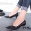รองเท้าคัทชู หัวแหลม หนังนิ่ม แต่งกากเพชร (สีดำ ) thumbnail 2