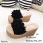 รองเท้าส้นเตารีดสีดำ เปิดส้น แต่งดอกไม้ (สีดำ ) thumbnail 6
