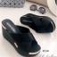 รองเท้าแตะส้นเตารีด ทรงสวม หน้าไขว้ (สีดำ )