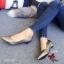 รองเท้าคัทชูหัวแหลม ส้นเตี้ย ขอบหยัก หน้าV (สีเทา ) thumbnail 2