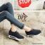 รองเท้าผ้าใบเสริมส้นสีดำ ทรงสวม แบบไม่ต้องผูกเชือก (สีดำ ) thumbnail 4