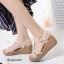รองเท้าส้นเตารีดรัดส้นสีครีม ดีไซน์สวมคาดหน้า สายรัดข้อตะขอเกี่ยว (สีครีม ) thumbnail 2
