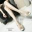 รองเท้าคัทชูหัวกลมเสริมส้นสีครีม หน้าอะไหล่ดอกไม้ ร้อยคริสตัล (สีครีม ) thumbnail 3