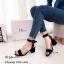 รองเท้าส้นตันรัดข้อสีดำ สายรัดข้อตะขอเกี่ยวปรับได้ (สีดำ ) thumbnail 2