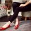 รองเท้าคัทชูหัวแหลม สไตล์Roger-Viewer แต่งหัวเข็มขัดสีเงิน (สีแดง ) thumbnail 3
