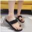 รองเท้าแตะผู้หญิงสีดำ สวมนิ้วโป้ง สายคาดประดับอะไหล่คริสตัล (สีดำ ) thumbnail 2