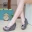 รองเท้าส้นเตารีดสีเทา สไตล์ BAOBAO ทรงสวย TopHit (สีเทา ) thumbnail 2