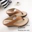 รองเท้าแตะผู้หญิงสีน้ำตาล แบบคีบ สไตล์ลำลอง (สีน้ำตาล ) thumbnail 3