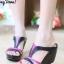 รองเท้าส้นเตารีด เปิดส้น แบบสวม ทรงเว้าข้าง (สีดำ ) thumbnail 2