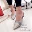 รองเท้าส้นเตี้ย หัวแหลม เปิดส้น ลายหนังสาน (สีเทา ) thumbnail 5